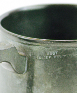 retrocrafts_metall_tenn_ol_sejdel_beer_stein_best_english_pewter_vintage_detalj_stampel_170136