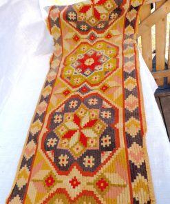 retrocrafts_textil_bankalangd_ripsmatta_anitk_utrullad_170144