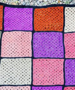 retrocrafts_textil_plad_filt_mormorsrutor_virkad_ylle_detalj_kant_140143