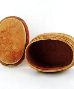 Näverburk – oval med lock och trähandtag insida
