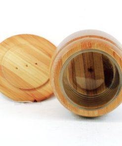 Träburk - Marmeladburk med lock av Smålandsslöjd insida