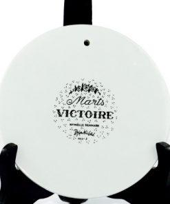 Väggplakett Björn Wiinblad – Månadstallrik marts 'Victoire' baksida