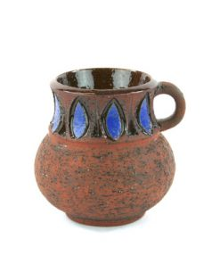Keramikmugg NIE 923 – Bromma keramik Ninnie Forsgren helhet