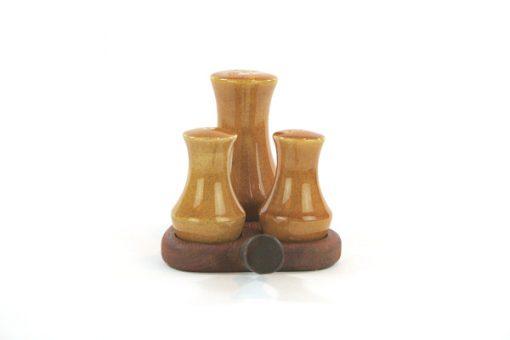 Teak - Kryddställ med keramikströare Made in Sweden framsida