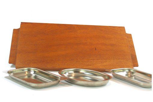 Teakbricka – Bricka med tre rosfria skålar baksida