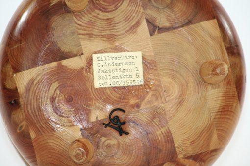 Träskål - Svarvat limträ tre fötter av C Andersson Sollentuna etikett stampel