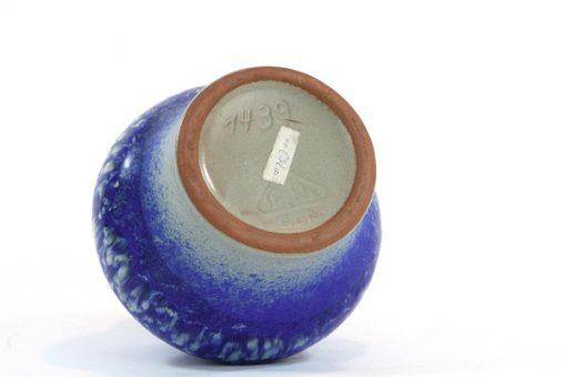 Strehla 1439 – Keramikvas fint melerad kobolt blå undersida