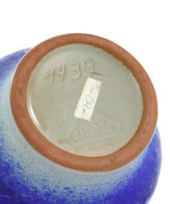 Strehla 1439 – Keramikvas fint melerad kobolt blå detalj undersida