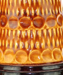 Bay Keramik 76-25 – Hög keramikvas Fat Lava relief detalj