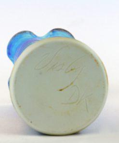 Dorte Visby blå keramikvas för Galleri Visby DK botten