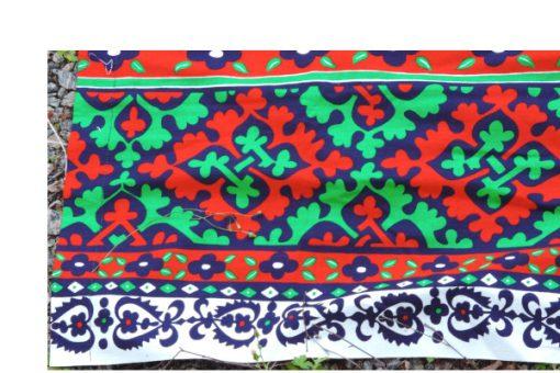 Retrotyg – Jultextil mustigt tryckt bomullstyg 80-tal kant framsida