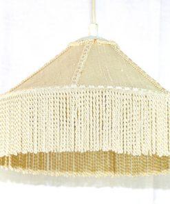 Taklampa med fransar - Cremevit textilskärm kantband