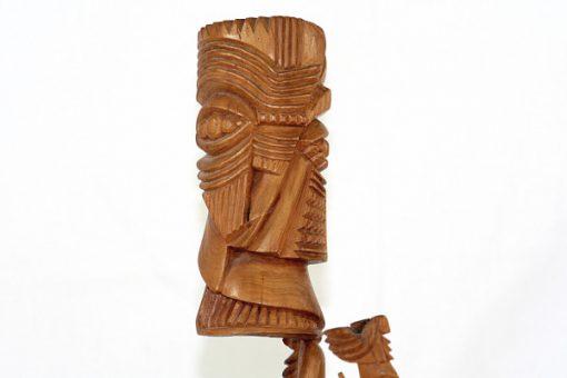 Carl-Axel Lunding träskulptur två figurer pa sockel 1952 detalj
