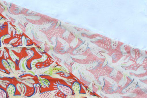 Ulrica Hydman Vallien Kinnasand textil vaggvepa korall kant baksida