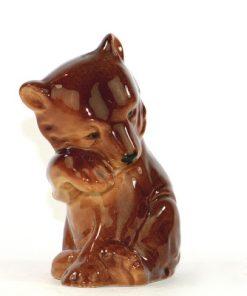 Bilden visar Björnfigurin – Brun-björn av keramik chamotte eller porslin