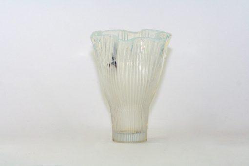 Bilden visar Gullaskruf Reffla Arthur Percy – vas handblåst glas helhet