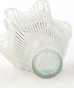 Bilden visar Gullaskruf Reffla Arthur Percy – vas handblåst glas undersida