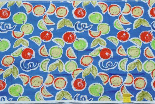 Bilden visar Katarina Jacobson retrotyg Frukter 1992 design för Åhléns