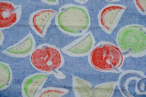Bilden visar Katarina Jacobson retrotyg Frukter 1992 design för Åhléns detalj baksidan