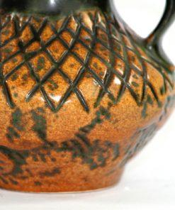 Bilden visar Jasba keramik N31413-12 - Vas Fat Lava 1970-tal närbild mönster