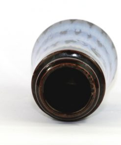 Bilden visar Scheurich 209-18 vas – Fat Lava keramik 1960-tal insida