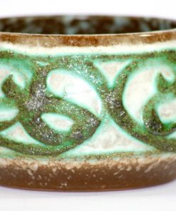 Bilden visar Strehla Keramik 7013 skål - Rörformad glittrig glasyr detalj glasyr