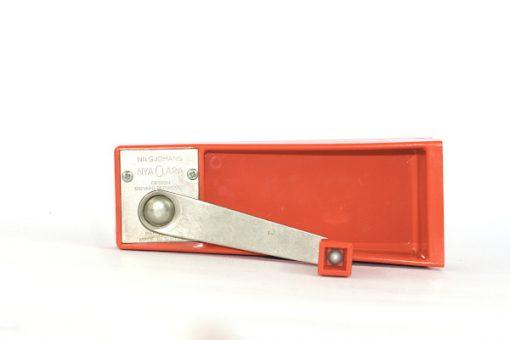 Bilden visar Röda Clara konservöppnare - Sigvard Bernadotte - NilsJohan