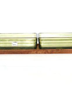 Bilden visar Teakbricka Målerås glasskålar gröna rökfärgade