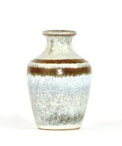 Bilden visar VEB Haldensleben 3069 keramikvas Fat Lava 1960-tal överblick