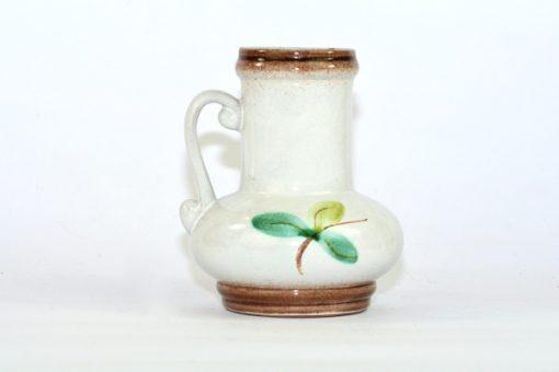 Bilden visar Strehla vas 9021 – Keramik med hänkel blommor pasteller baksida