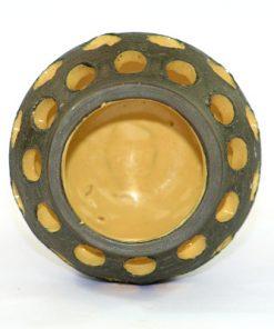 Bilden visar Kjell Blomberg keramiklykta C3 – Gabriel Keramik 1960-tal insida